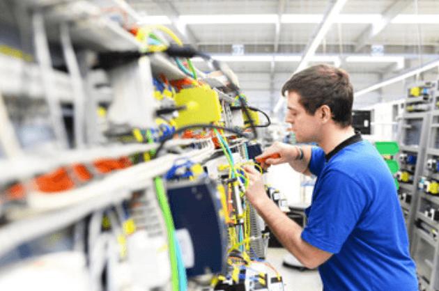 Elektriciteitstoring Breda aan het verhelpen, Elektricien Breda in actie