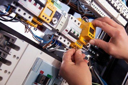 Stoppenkast vervangen Breda door elektricien Breda